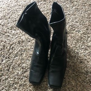 Black leather boots mid length. Size 8